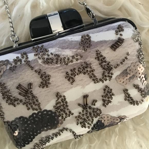 Karen Millen Handbags - ♣️lux♣️Karen Millen Silk Beaded Box Clutch